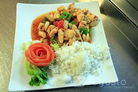Ognisty kurczak Gong Bao ognisty kurczak gong bao 2 degusto - przepisy smaczne i proste