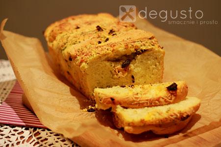 Warstwowy chlebek czosnkowo - serowy Chlebek 2 degusto - przepisy smaczne i proste